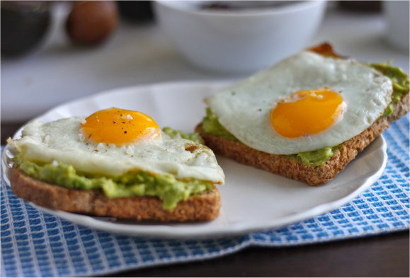healthy-breakfast-eggs